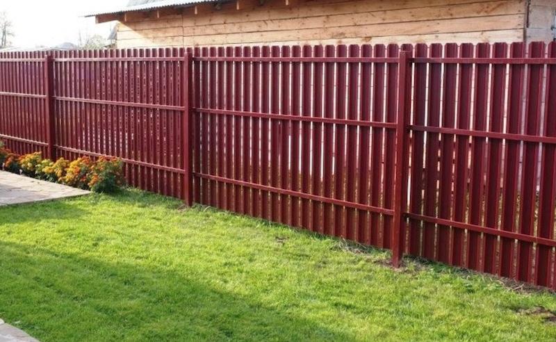 Как правильно выбрать забор